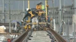 サムネイル画像:富山市 炎天下の架線工事現場